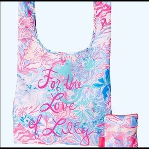 Lilly P NWOT packable tote Viva la Lilly Peru Blue